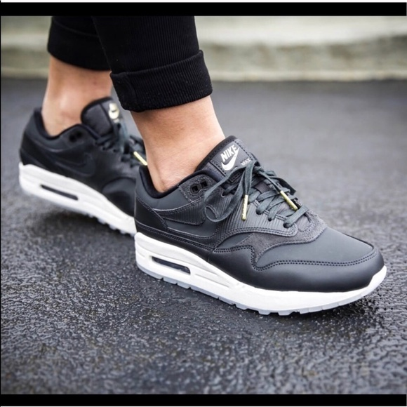 air max cyber monday